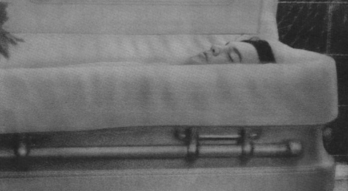casket case - Lauren Conrad