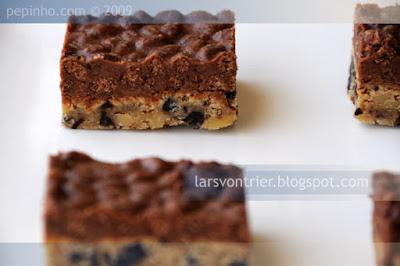 Barritas de galleta de chocolate y crujiente de praliné
