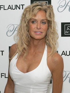 ICU admitted Farrah Fawcett Close to Death