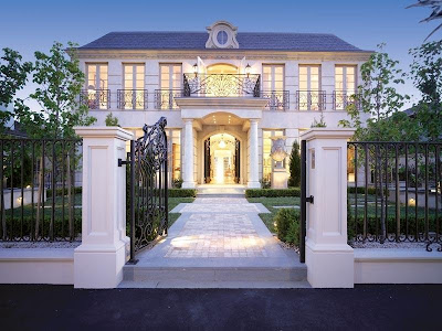 This is so stunning! A mansion in beautiful Brighton