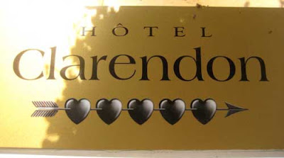 Sign reading Hotel Clarendon, with the word Clarendon set in the typeface Americana