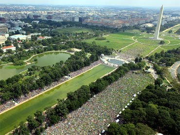 Restore America rally photo from above, Washington Monument