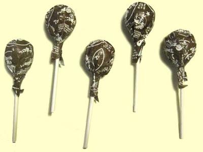 Photo of five chocolate Tootsie Pops