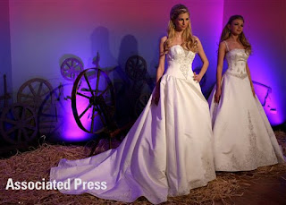 Disney Fairy Tale Wedding Dresses: Sleeping Beauty