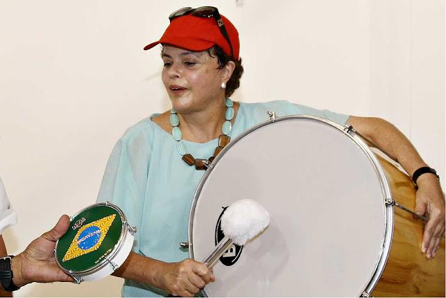 http://2.bp.blogspot.com/_k3IKh79wICM/TH3c3hecfxI/AAAAAAAAHE4/qyn6-CZHmeE/s640/Dilma_FESTA_PARA_PREFEITOS
