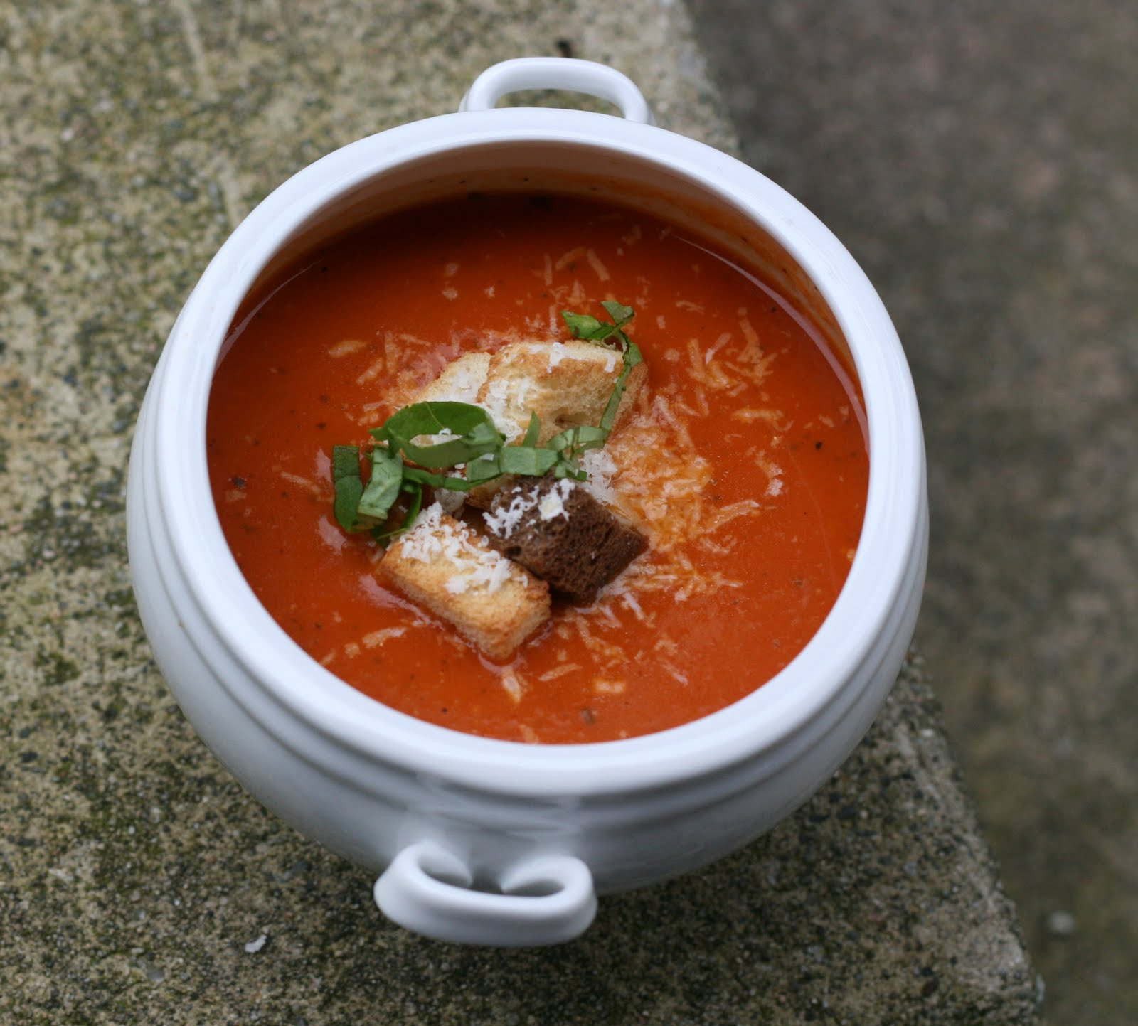 Jill 39 s test kitchen roasted red pepper tomato soup for Roasted pepper tomato soup