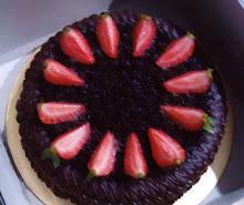 MOIST CHOCOLATE CAKE WITH STRAWBERY