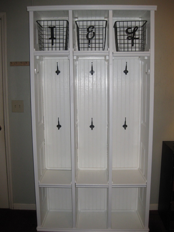 DIY With IVY Mudroom Lockers