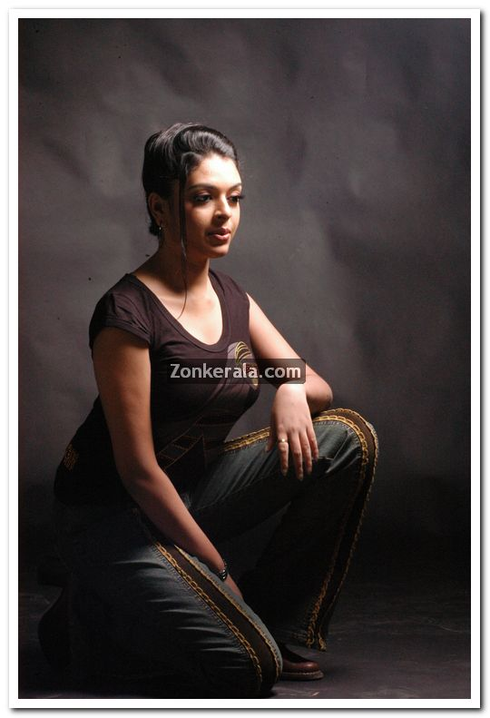 Tags:- Malayalam actress
