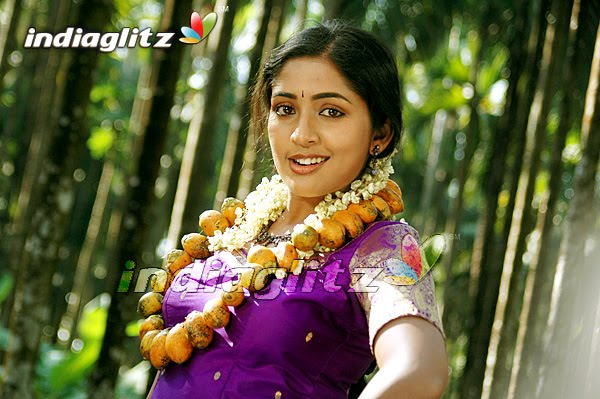 Actress Navya Nair Beautifull And A Good Dancer
