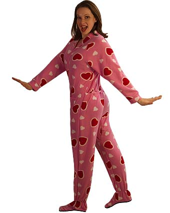 ... especially with the Cute Emo Skulls and HeartsPrint Footed Pajamas !