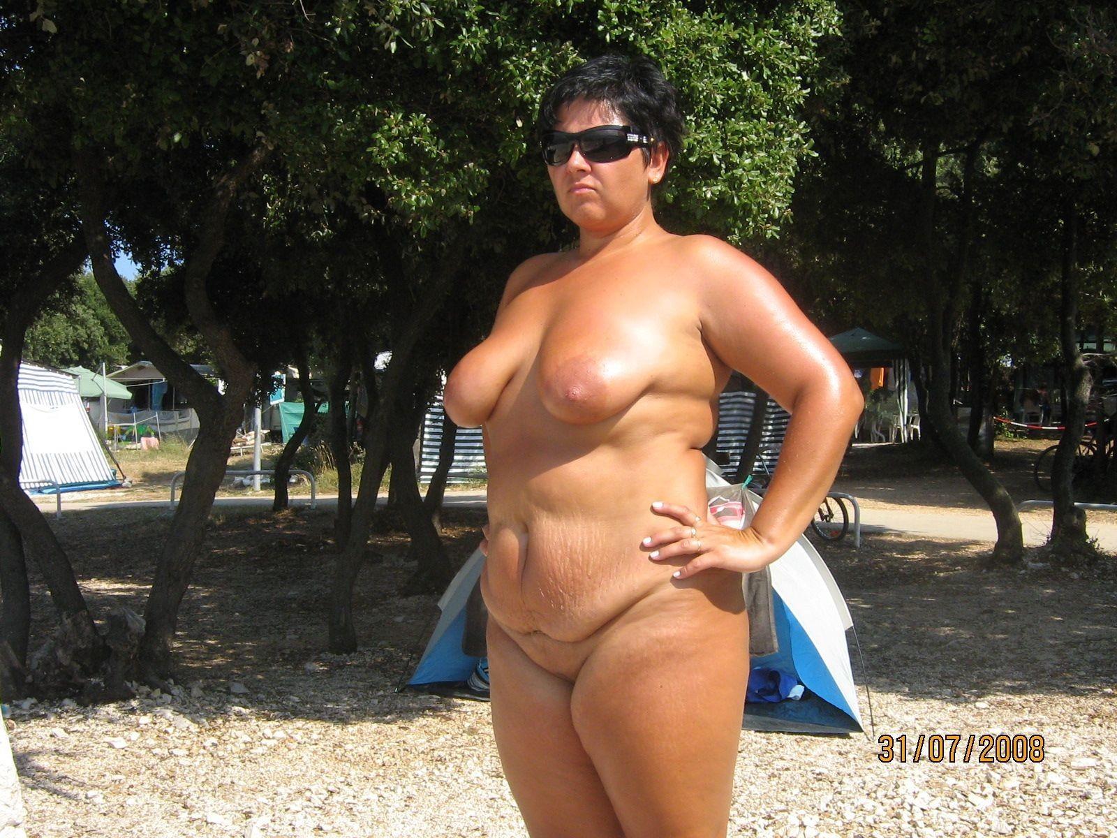 Толстые женщины нудисты 20 фотография