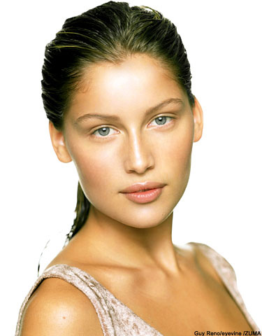 laetitia casta height. Laetitia Casta