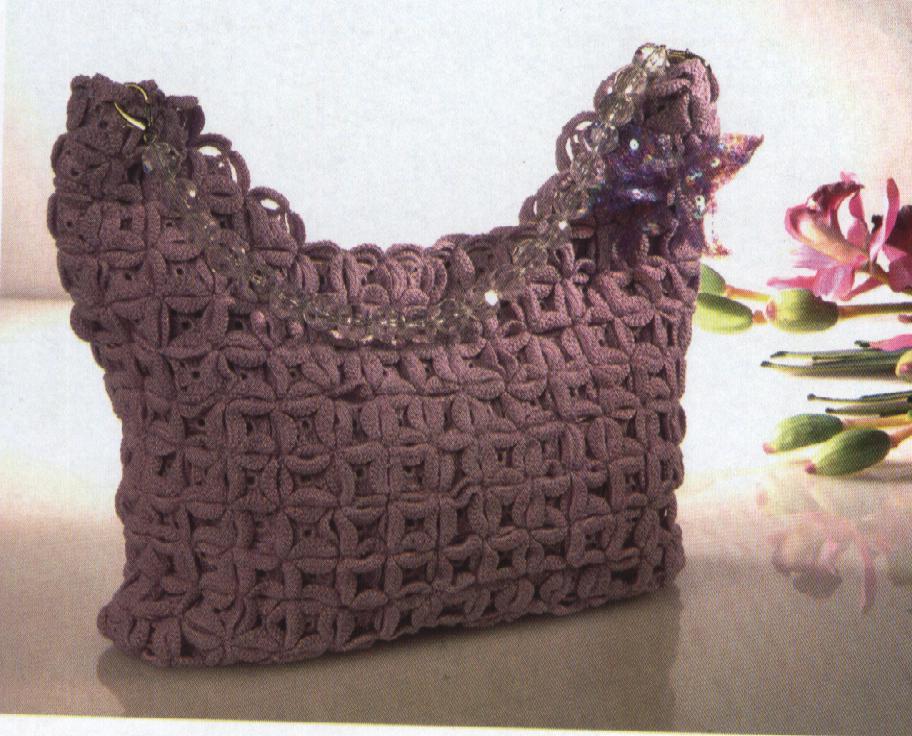 bolsa violeta em croche