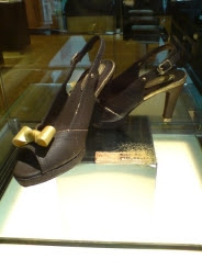 A pair of high-heeled shoes Chocolate