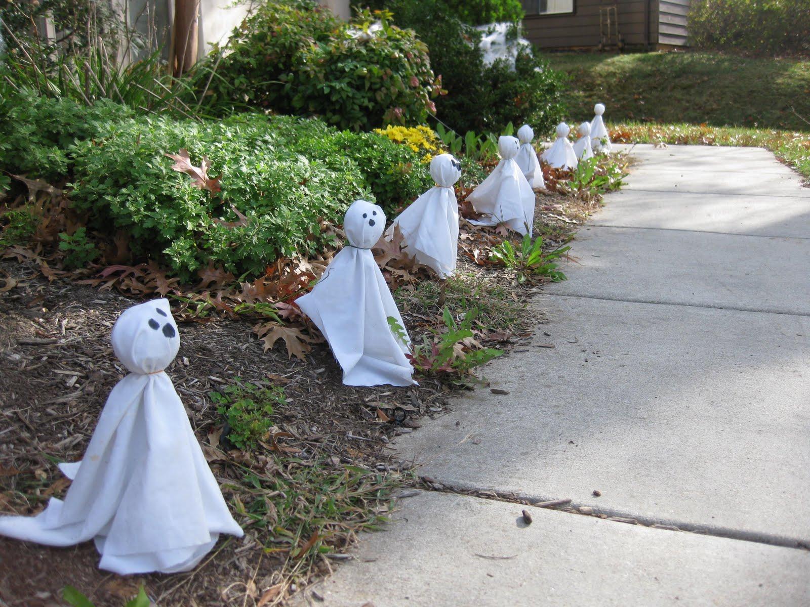 Fake'mon, Anyone? Halloween+tricks+009