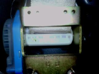 how to fix a stuck seat belt retractor toyota camry