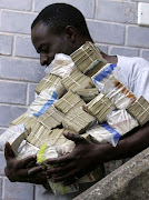 Zimbabwean with 'plenty' of Cash