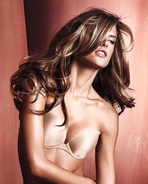 alessandra ambrosio hair. is Alessandra Ambrosio#39;s