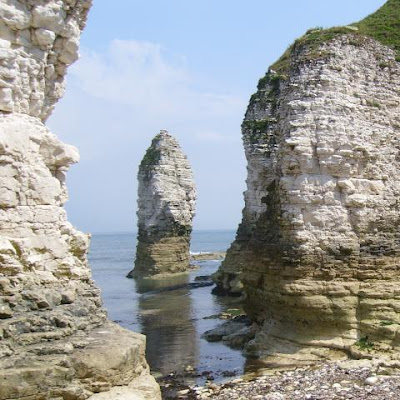 Flamborough Head, chalk column on the beach