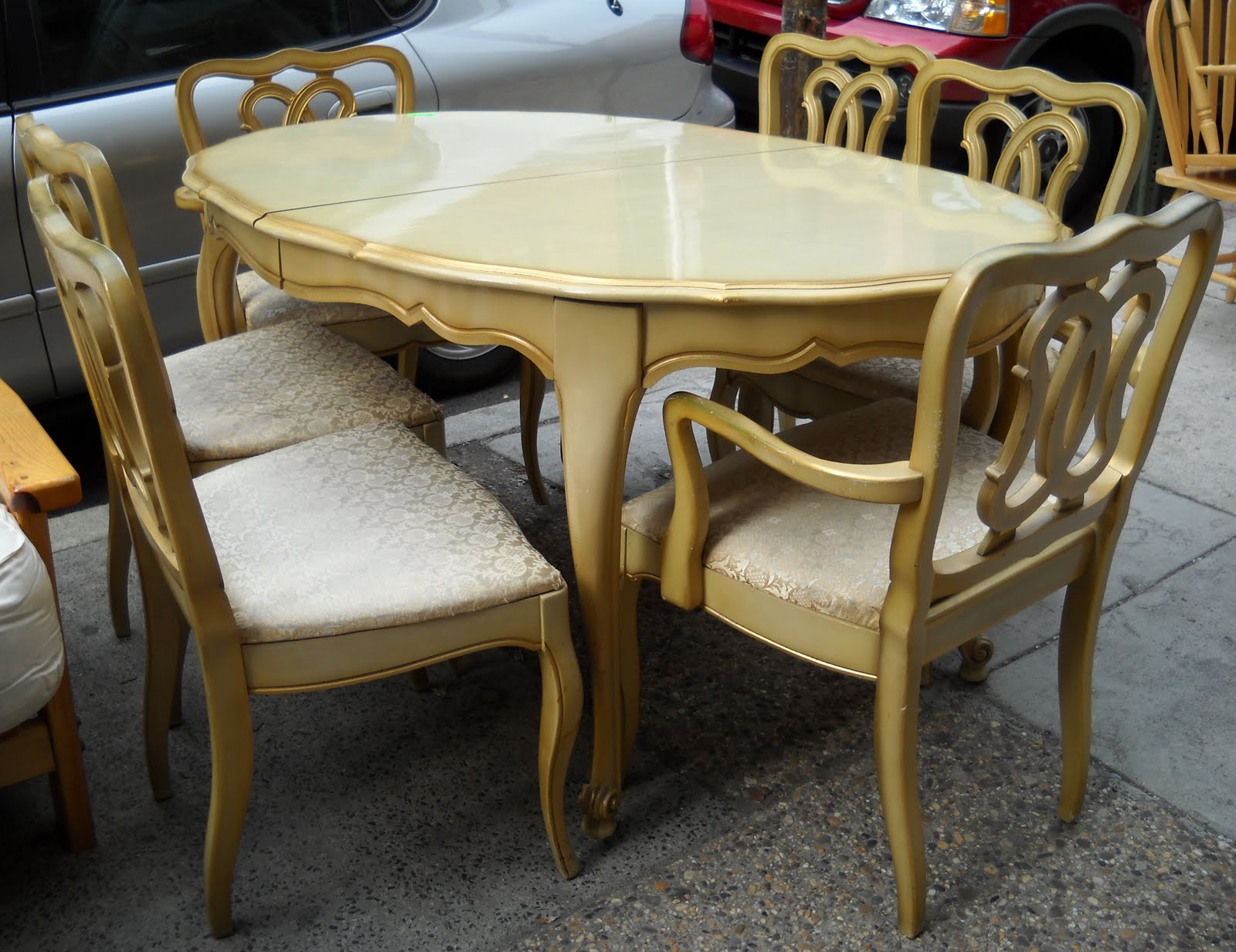 Beautiful French Provincial Dining Set Includes A Buffet And Table + 6  Chairs. Sold Separately @ $150 For The Buffet And $165 For Table And Six  Chairs.