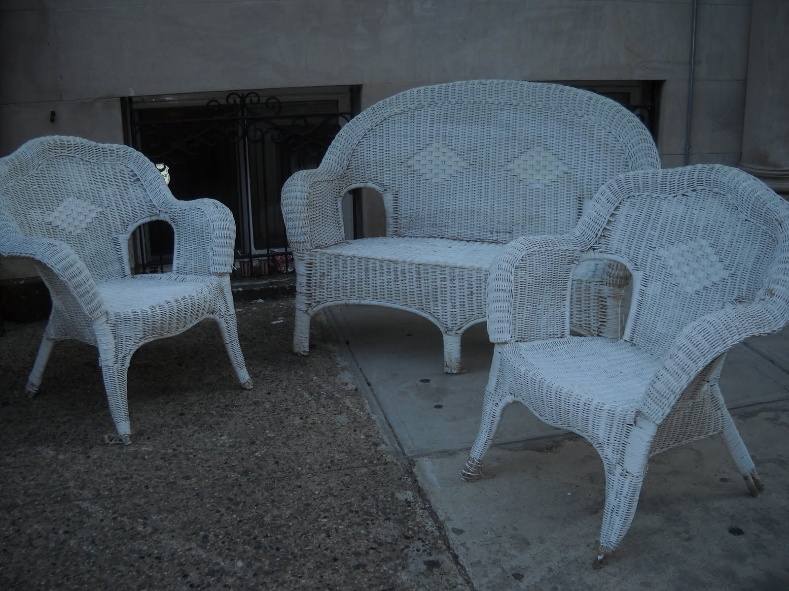 Uhuru Furniture Collectibles White Wicker Loveseat And Chairs Sold