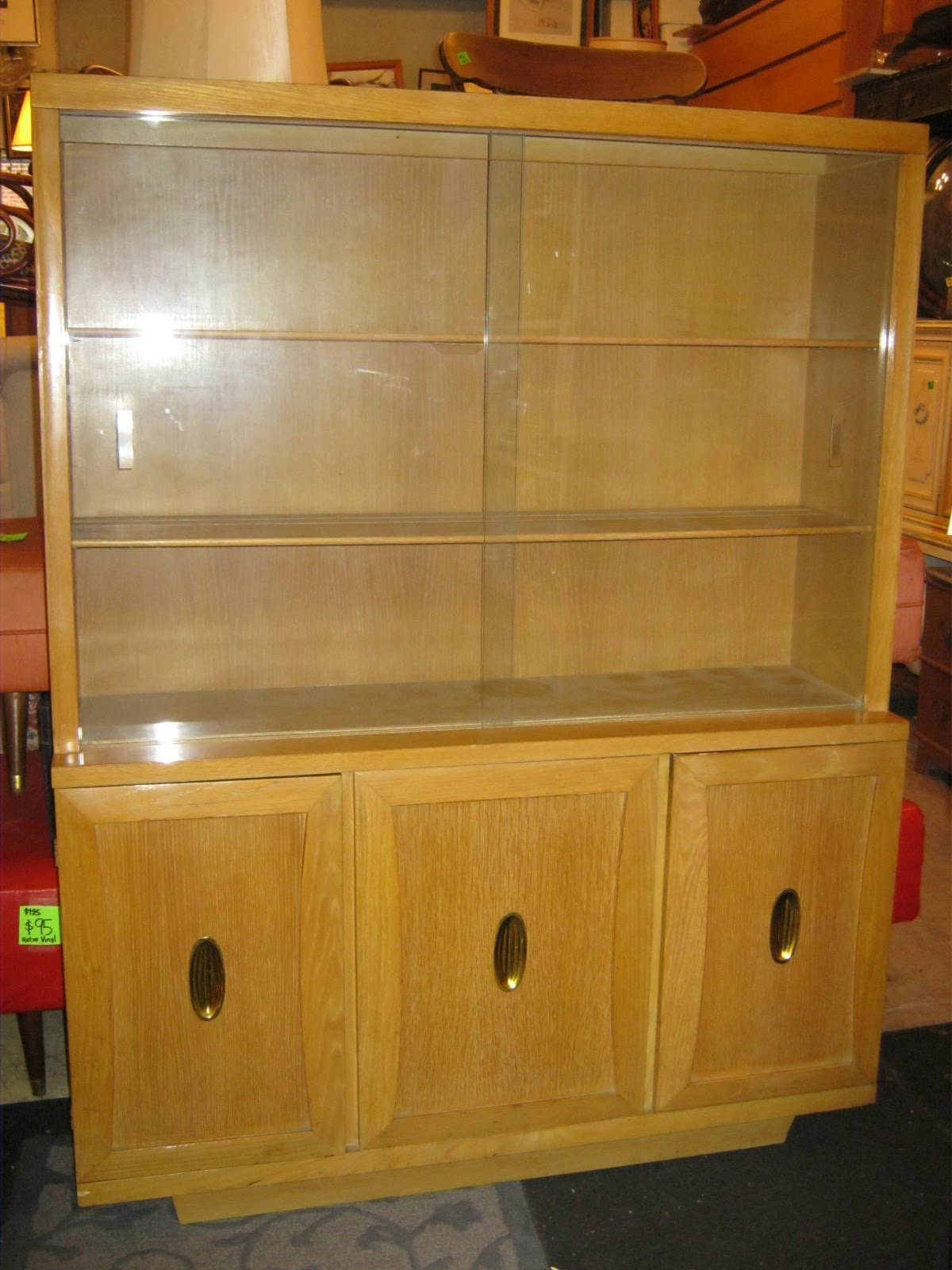 Merveilleux 1950s China Cabinet SOLD