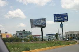 Angelópolis, bosque de anuncios