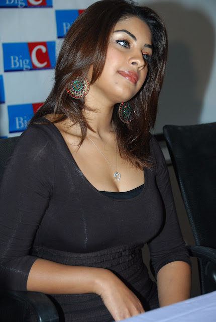 Latest hot celebrity pictures beach