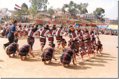 Largest Bamboo Dance Guinness World Record, Largest Bamboo Dance picture, Largest Bamboo Dance photo, Largest Bamboo Dance images, Largest Bamboo Dance video 2010, Mizoram Bamboo Dance picture, Mizoram Bamboo Dance photo, Mizoram Bamboo Dance image, Mizoram Bamboo Dance video.