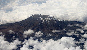 largest Kilimanjaro mountain photo, Mount Kilimanjaro in Africa's picture, oldest man to climb Kilimanjaro mountain