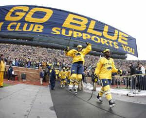 Ice Hockey Game video, Largest Attendance at an Ice Hockey Game, Ice Hockey Game at Michigan Stadium, Most people attendance Ice Hockey Game, Ice Hockey Game Guinness World Record, IIHF world championships