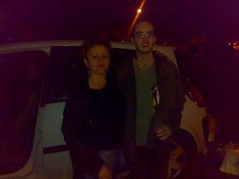 Rosa y Dani, de botellon...