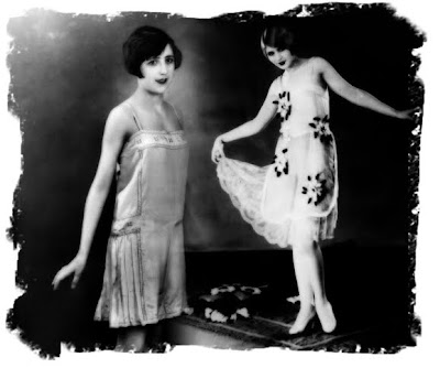 1920 1930 fashion picture pakistani fashion