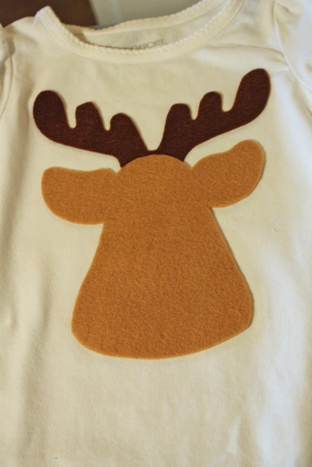 Noodles & Milk: Too Cute Reindeer Shirt- A tutorial