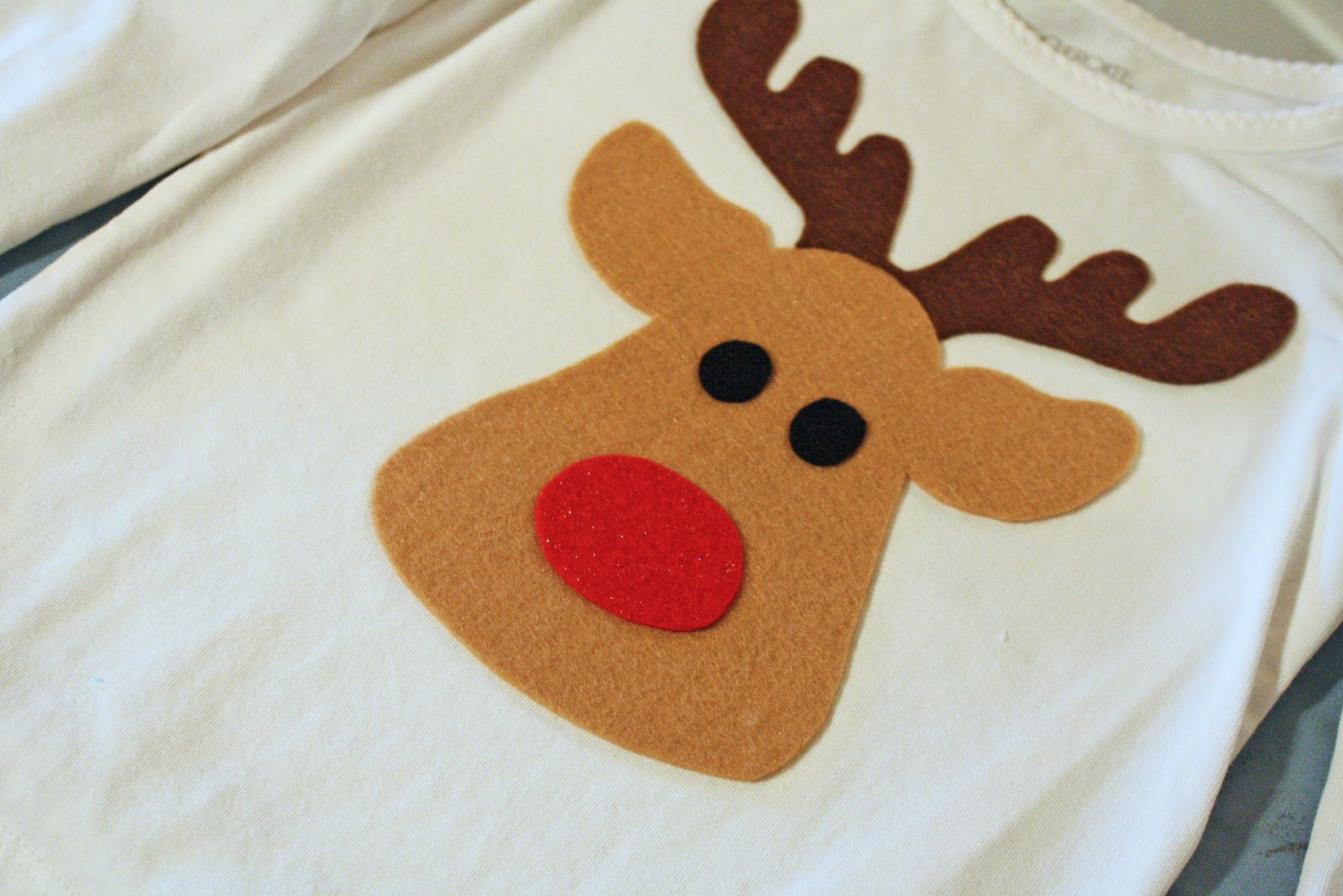 noodles milk too cute reindeer shirt a tutorial