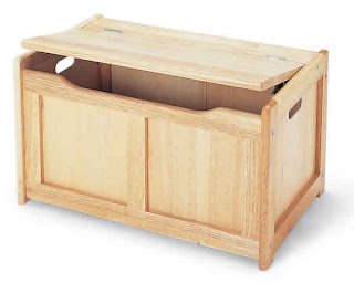 wooden toy box. (painted white)