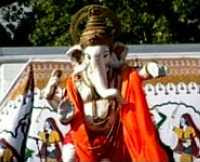 Lord Ganesha enjoying Southend-on-Sea (2007)