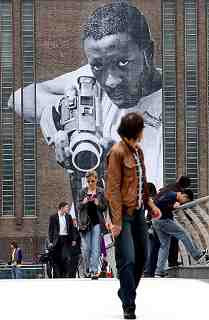 Street Art on Tate Modern: Black Cameraman (2008) artist unknown