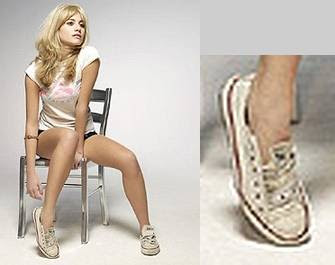 Pixie Lott plus Shoe (I.C. combined graphic 2009)