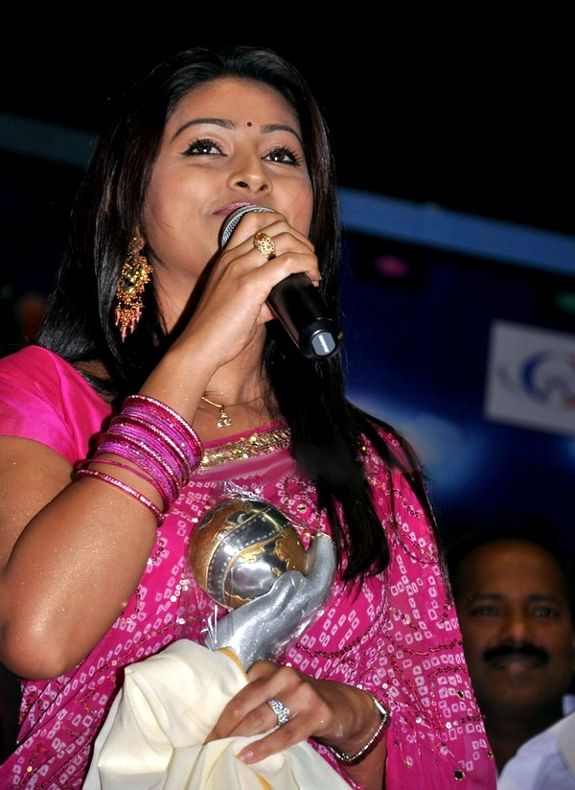 [Sneha-Alandur-Fine-Arts-Awards-03.jpg]