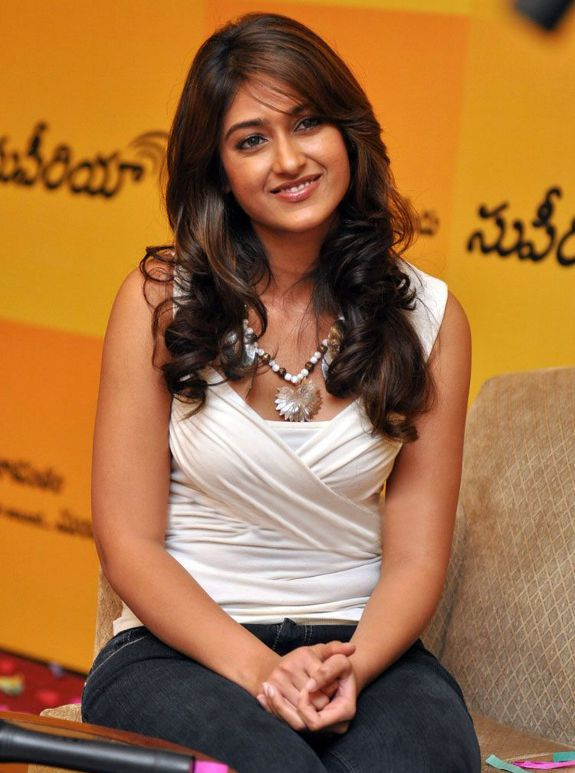 [ileana-dcurz-latest-hot-photos-09.jpg]