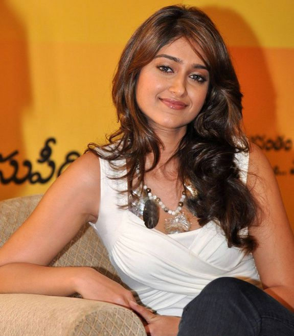 [ileana-dcurz-latest-hot-photos-01.jpg]