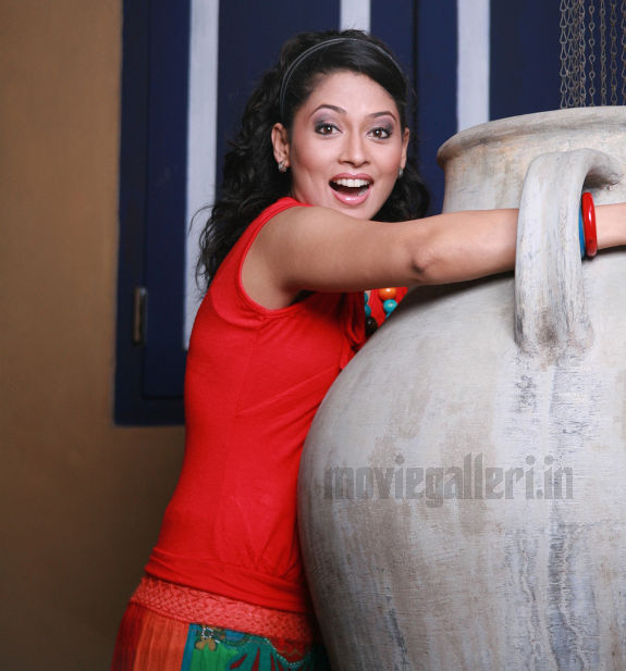 http://2.bp.blogspot.com/_kLvzpyZm7zM/S9l-kgrYrtI/AAAAAAAAKzM/Jg_wq9oJBIM/s1600/tamil-actress-pooja-umashankar-hot-photos-pics-wallpapers-02.jpg
