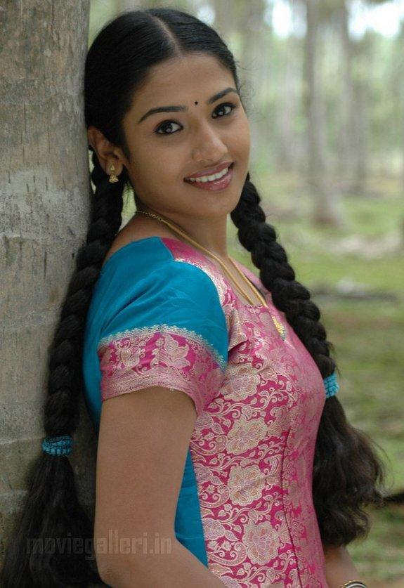 http://2.bp.blogspot.com/_kLvzpyZm7zM/TB48Jk9jwpI/AAAAAAAAP9k/xqJ_Qvy0RvY/s1600/Tamil_actress_vidya_stills_photos_06.jpg