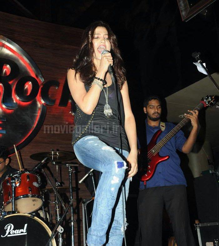 Hard Rock Cafe In Hyderabad Dresses