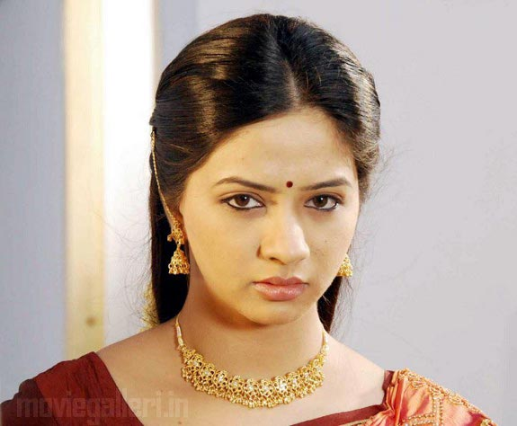 http://2.bp.blogspot.com/_kLvzpyZm7zM/TDVutRDdiNI/AAAAAAAARMY/F5aY3fT98c0/s1600/thaa_movie_actress_nisha_stills_04.jpg