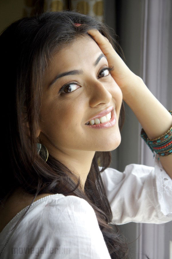 Hot indian actresses kajal agarwal showing their juicy butts and ass show fap challenge 1 - 4 10