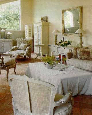 Casale francese arredamento stile francese for Arredamento stile francese