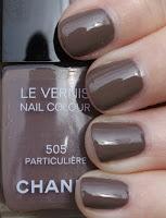 Tutti pazzi per Particulière 505 di Chanel